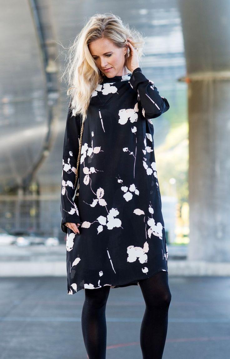 MISSMAYA Sienna Dress Black Flower