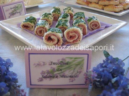 Involtini di Salame   http://www.latavolozzadeisapori.it/ricette/involtini-di-salame