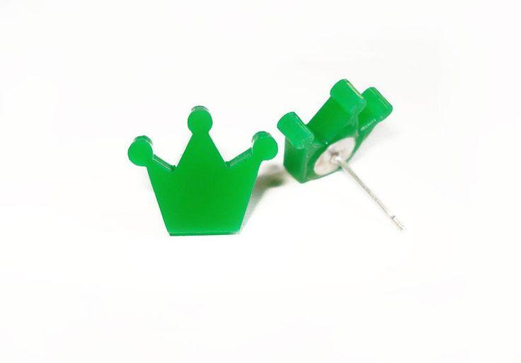 Green Crown stud earrings
