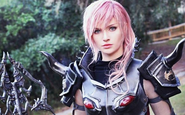 Alyson Tabbitha's 'Final Fantasy' Lightning Cosplay Is Unreal