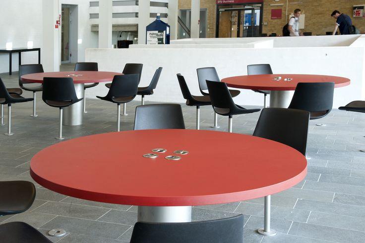 Learning area:  DTU – Danmarks Tekniske Universitet – seating area - PO Inventar ¬– Arkitema - overflade - Desktop - Furniture Linoleum - Forbo