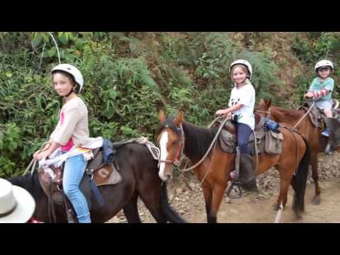 HorseBack Riding - Cabalgata SALENTO - YouTube