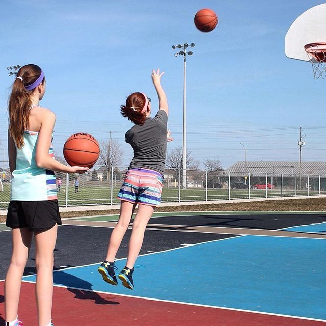 Life's too SHORT to not throw a couple hoops | Relay Racer Short
