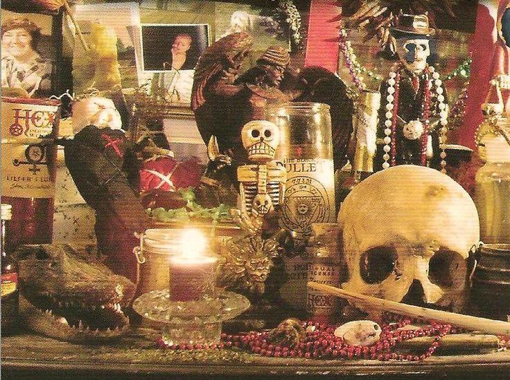 vodoo alter | Altars: Voodoo #Altar. | Hoodoo, Voodoo, Santeria & Conjure