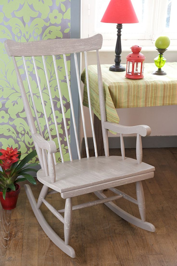 relooker un vieux rocking chair diy relooking chaise. Black Bedroom Furniture Sets. Home Design Ideas