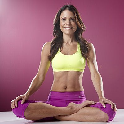 Bethenny has found the secret to shoehorning in enough exercise to live up to her Skinnygirl name: 15-minute power yoga sessions. | Health.com