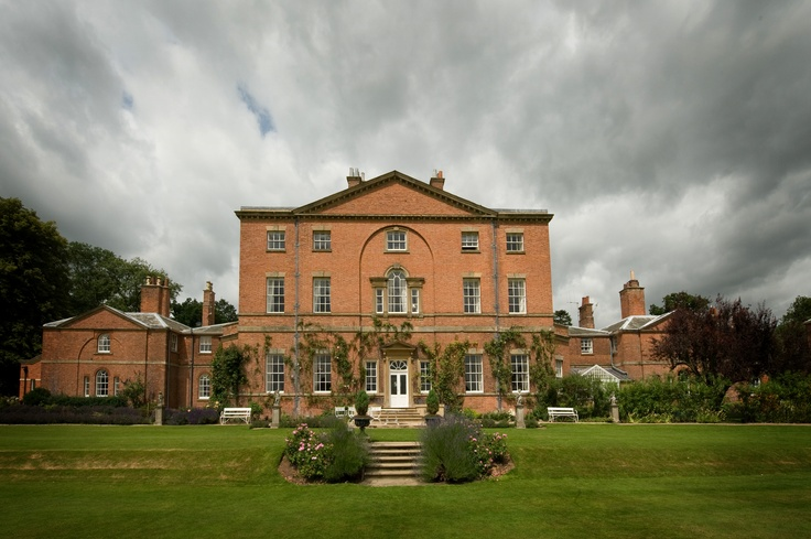 Norwood Park - One of the most stunning wedding venues in Nottinghamshire.