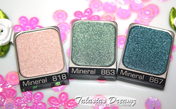 Artdeco Pure Mineral Eyeshadows 818, 863 & 867, swatches: http://www.talasia.de/2013/01/31/amu-swatch-artdeco-pure-mineral-eyeshadows/