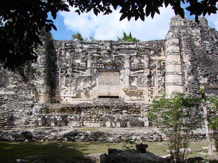 Hormiguero Structure