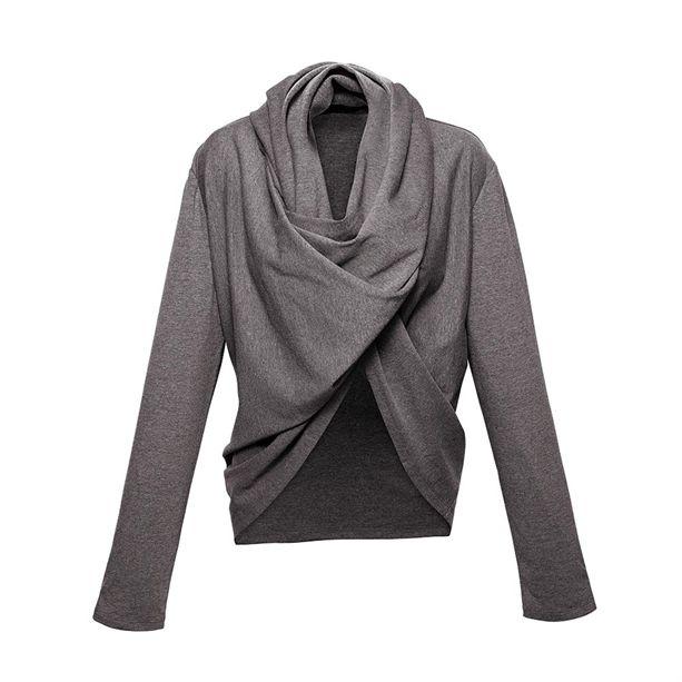 Számtalan megoldás egy ruhában! Ez az AVON Több módon kombinálható pulcsija.