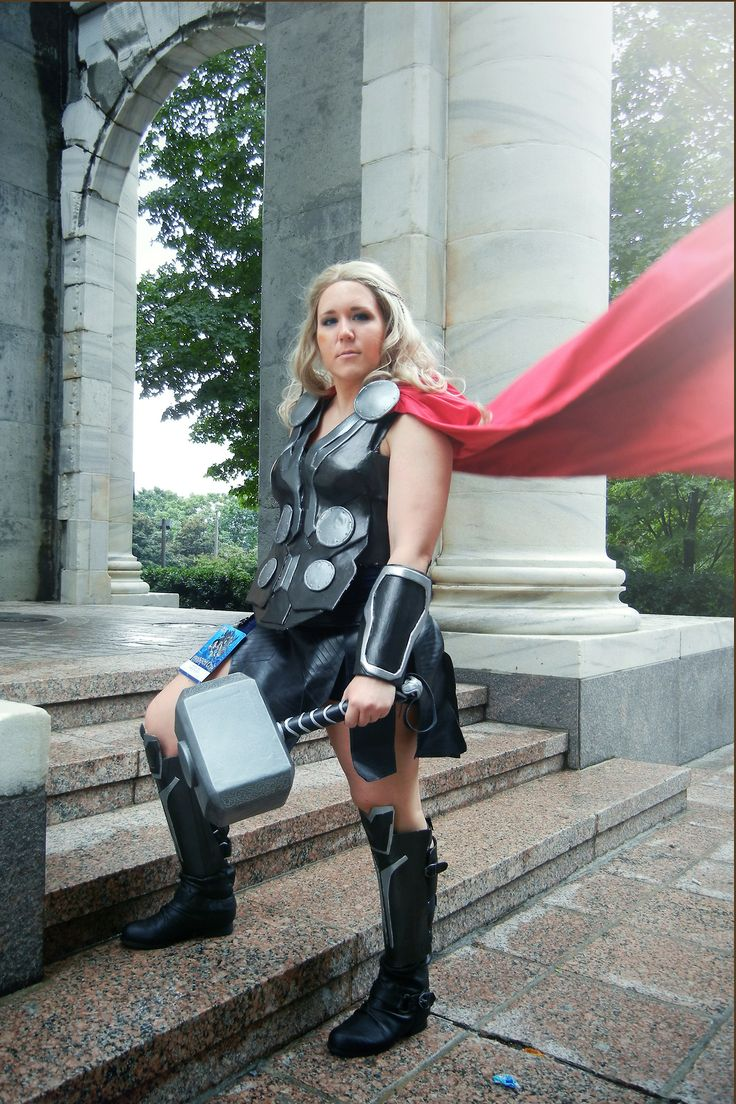 I give you fem!Thor 2013, after weeks and weeks of work. It was definitely a genderbent version of Dark World Thor rather than the Lady Thor...