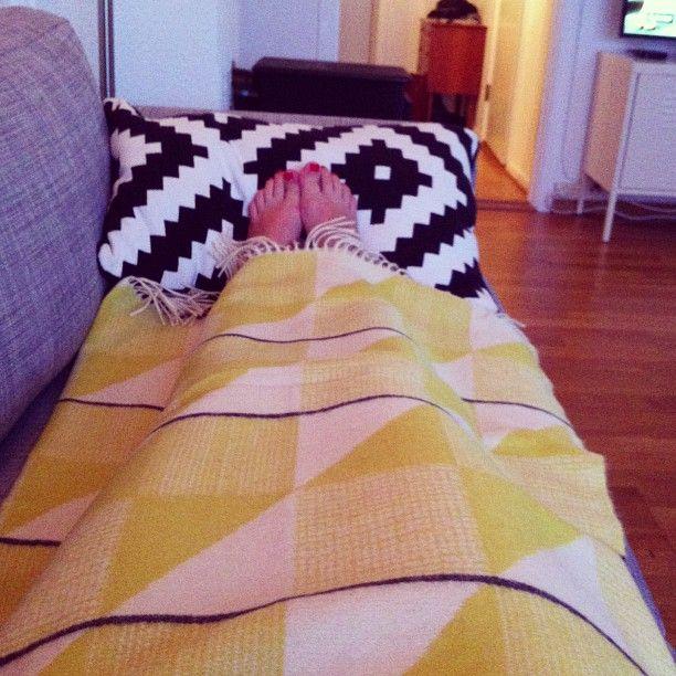 Gullfuglen blanket at home @mariakloeven   # funkle