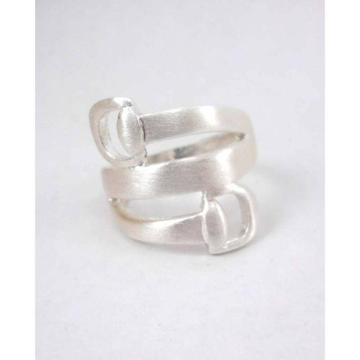 #Look nuevo #estilo de diseño #anillo - BisuteriaDeModa.es