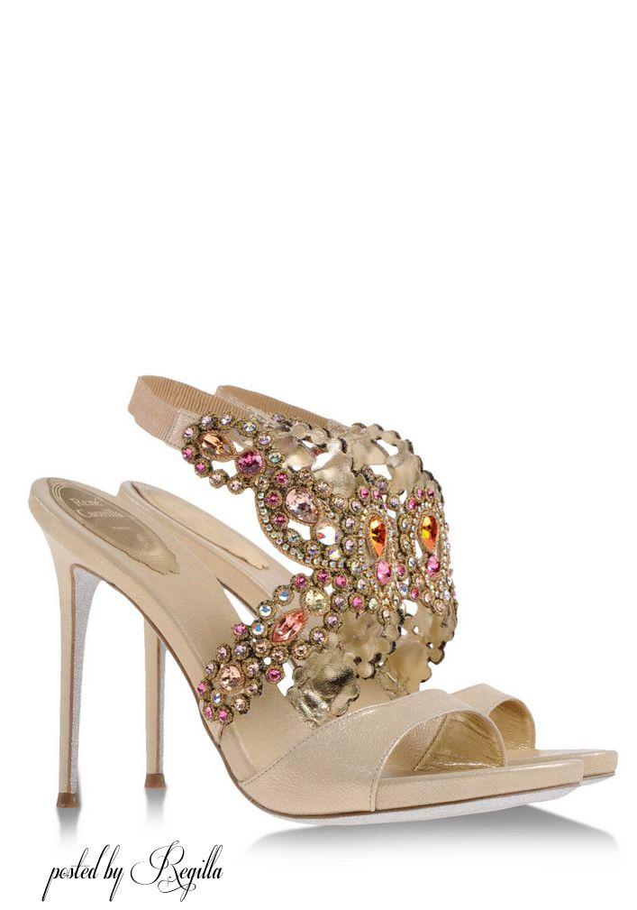 Apliques y piedras #fashion #shoes #zapatos #high #heels #boots #botas #tacos #plataformas #cuero #calidad #apliques #mostacillas #greits