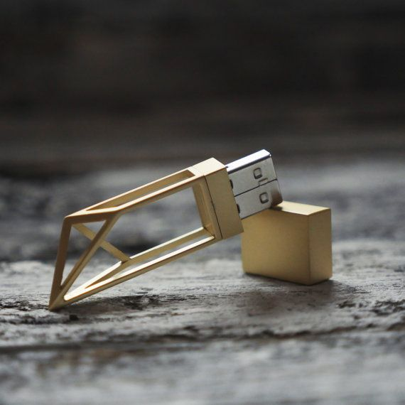 2016 / Gold 8GB USB Flash Drive for wedding photographers by MrPhoto2014