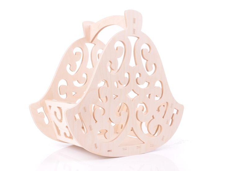 Kosz dzwonek na orzechy, owoce, do stworzenia kompozycji świątecznej.