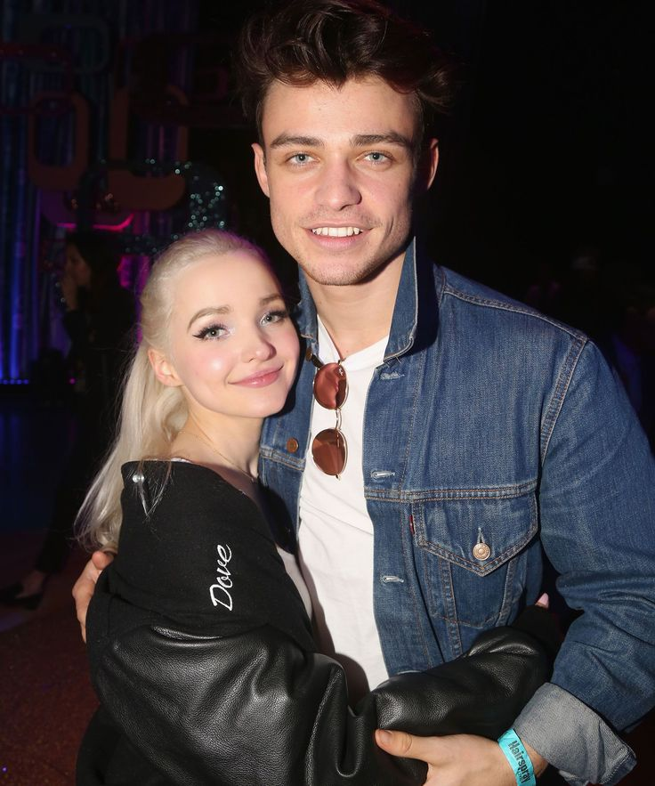 Dove Cameron & Thomas Doherty's Descendants 2 Characters Have A Romantic Backstory You Won't See In The Movie+#refinery29