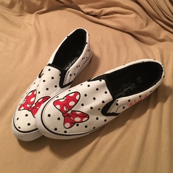 Disney canvas tennis shoes Now detail has red rhinestones, canvas material, worn once Disney Shoes Sneakers