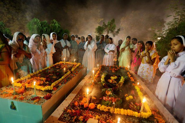 All Souls' Day 2015: Dates And Origins Of The Day To Pray For The Dead