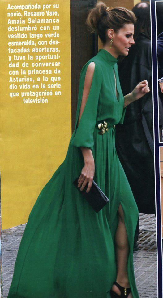 Vestido invitada boda. Verde fluido. Sencillamente ideal.