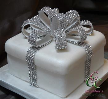bling wedding cakes uk 17 best images about cakes bling gold silver on 11936