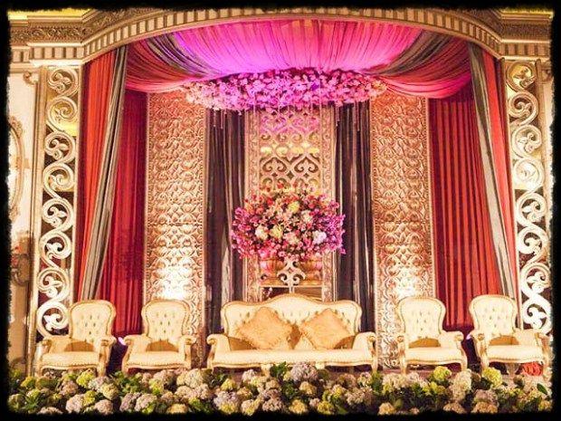 Tips memilih dekorasi pernikahan dan 45 gambar desain dekorasi pernikahan yang cantik  http://spacehistories.com/45-desain-dekorasi-pernikahan-yang-cantik/  #dekorasi #pernikahan #desainmanten #dekormanten #dekorasipernikahan #desainpelaminan #dekorasipelaminan #dekorpernikahan #menikah #rabi #manten #pesta #wedding