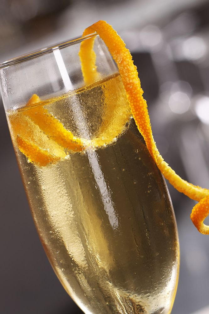 The classic French 75 remains a popular gin and Champagne cocktail and there are many ways to make it. #ClassicCocktails