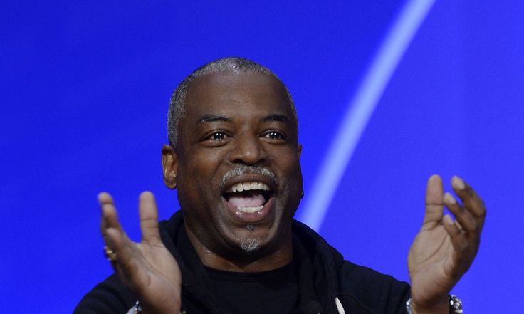 """""""Reading Rainbow"""" Host LeVar Burton Has A New Podcast Where He Reads To Adults, And It's Soothing AF"""