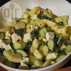 Komkommersalade met appel en feta