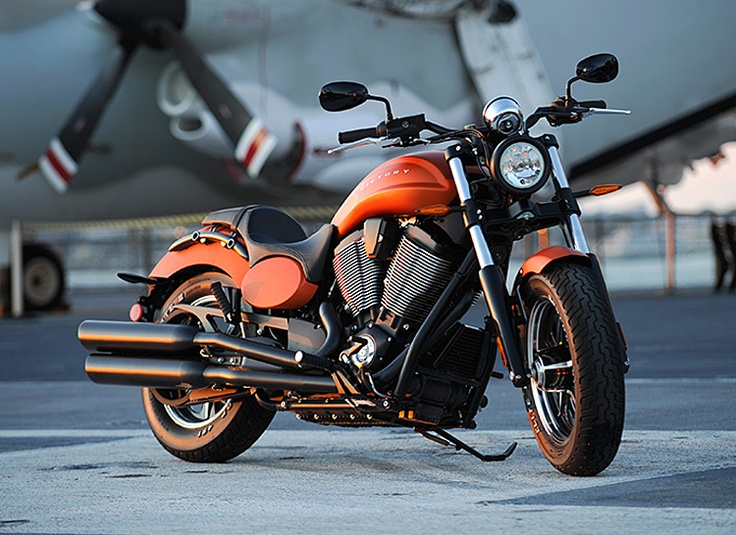 2013 Victory Cruiser Motorcycles