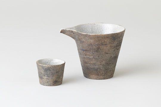 tokkuri (sake bottle), choko (small cup)