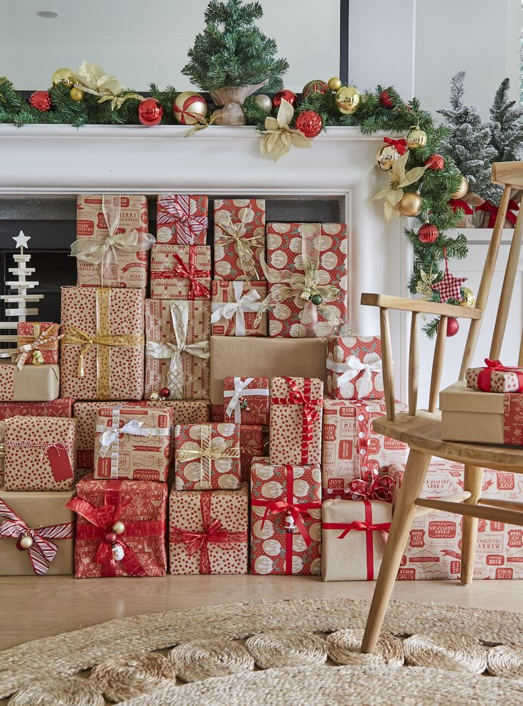Time to get creative and have a little fun with wrapping the Christmas presents this year. With so many different ribbons and wrapping paper to choose from at Spotlight, there is no way your effort will go unnoticed.