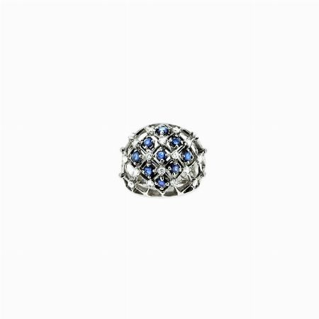 RING, ITALIA - oro bianco, diamanti e zaffiri #2 ASTA ONLINE Gioielli del Novecento - Lotto n. 58 #ring #solitaire #diamondring #carat #giftforher #love #diamond #gift #florence #jewelry #forever #anniversary #ringbridal #ringwedding #classic #auction #sapphire #engagementring