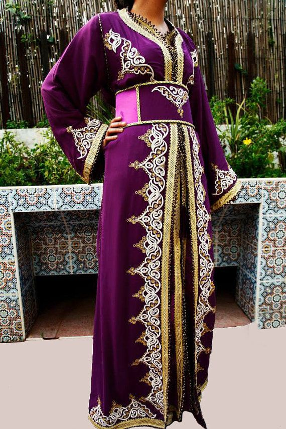 Caftan Marocain Robe Mariage Violet Doré 3 par Sheherazadesign