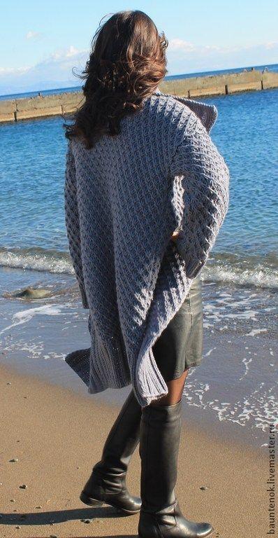 Купить или заказать Вязаный Кардиган ''Серый Жемчуг'' в интернет-магазине на Ярмарке Мастеров. Уютный,теплый,мягкий вязаный кардиган согреет вас в прохладную погоду,универсальная вещь в гардеробе любой модницы!!!Может быть выполнен в любом цвете!!! Длина данной модели 95 см, размер от 42-50.!При заказе большего размера или длины,стоимость рассчитывается индивидуально!!!Данный цвет модели представлен для примера...можно выполнить в другом цвете,уточняйте наличие!!