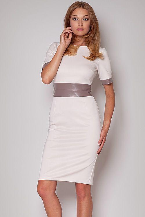 Elegancka sukienka z krótkim rękawem. Talia i zakończenia rękawów wykonane z eco skóry.  #modadamska #moda #sukienkikoktajlowe #sukienkiletnie #sukienka #suknia #sukienkiwieczorowe #sukienkinawesele #allettante.pl