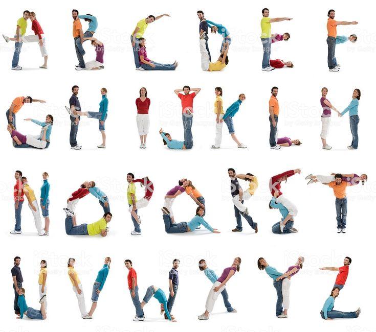 legere lächelnden menschen alphabet isoliert auf weiss