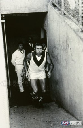 Bob Skilton for South Melbourne - AFL Photos - Galleries - AFL Photo Galleries
