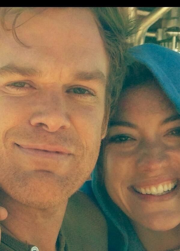 Jennifer Carpenter posted this pic with Michael C Hall on set day before last ever Dexter episode!!