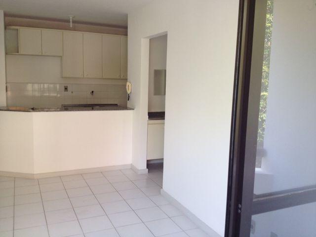 ::Vendo excelente apartamento de quarto e sala  com armários, American bar em granito,varanda,nascente,1 vaga  com localização privilegiada próximo a Universidade Federal da Bahia (UFBA).