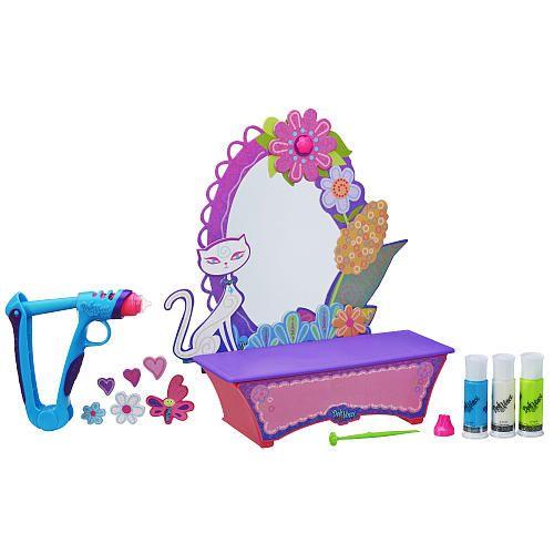"DohVinci Style & Store Vanity Design Kit - Hasbro - Toys ""R"" Us"