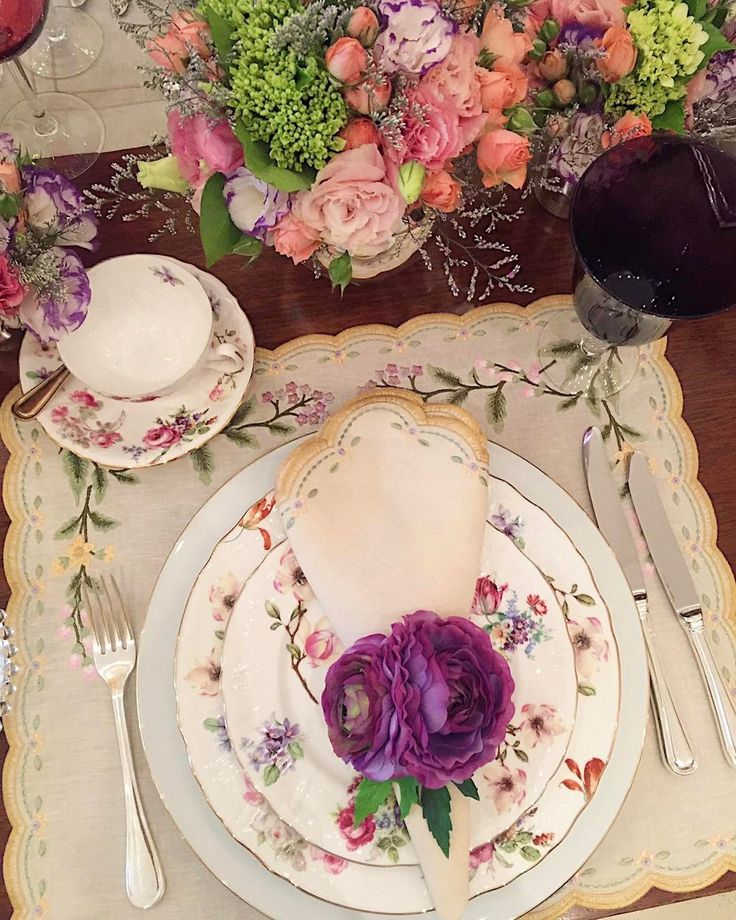 Morning in a Girlie Mood Bom diaaa boa quinta! #breakfast #tableware #pinklife