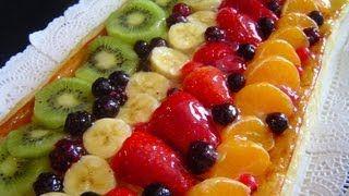 Hojaldre con crema y frutas....