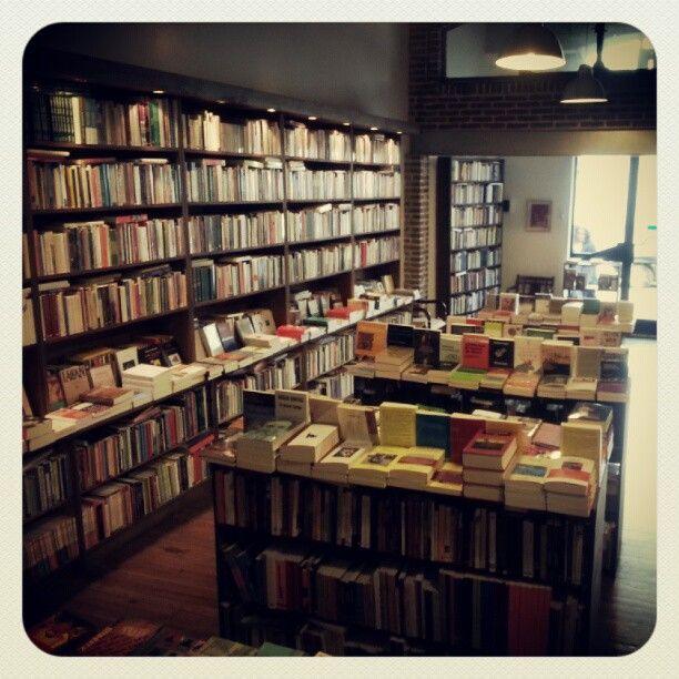 Oliva Libros - Entre Ríos 579 - Rosario