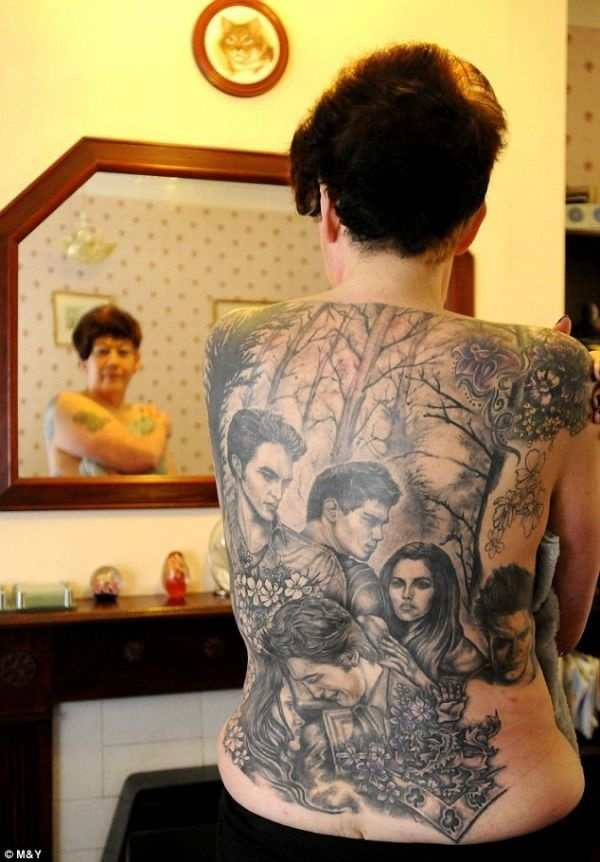 OH MY LAWD! She probably regrets this now...I like Twilight, but geez lady...