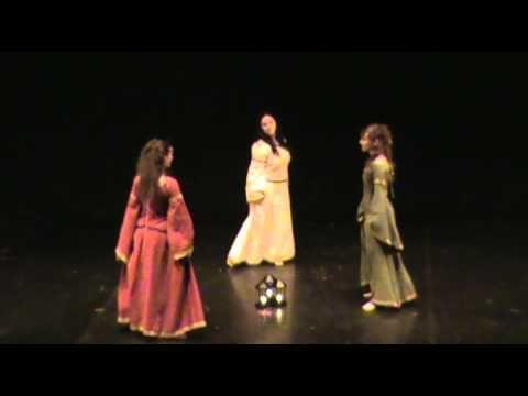 Medieval Dance for three dancers and a flute - Elenie Danze Medievali