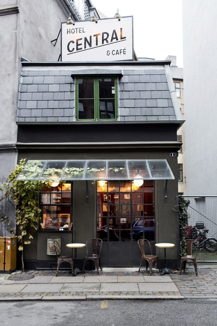 Hotel Central & Café in Copenhagen - The world smallest hotel (just 1 room…