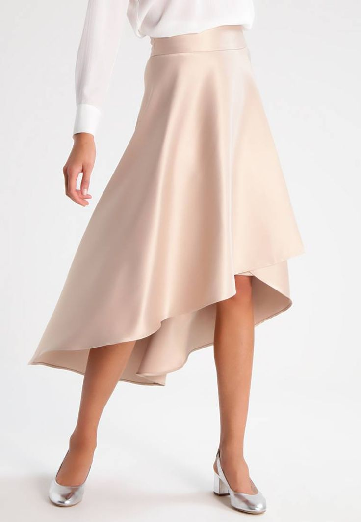 """mint&berry. A-line skirt - champagne. Our model's height:Our model is 70.0 """" tall and is wearing size 8. Fit:regular. Outer fabric material:96% polyester, 4% spandex. Pattern:plain. Care instructions:do not tumble dry,machine wash at 3..."""
