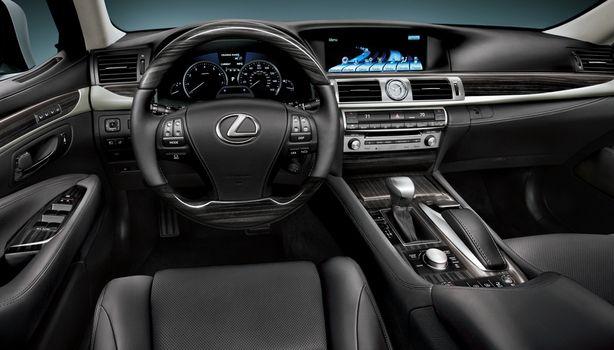 2015 Lexus LS 460 - interior