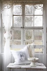 PICTURES OF SHABBY CHIC WINDOW TREATMENTS
